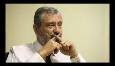 "Ministro da Justiça afirma: ""denunciar corrupto mina a democracia""."