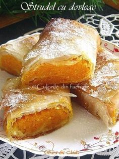 Sweets Recipes, My Recipes, Rome Food, Romanian Food, Romanian Recipes, Pastry And Bakery, Happy Foods, Sweet Tooth, Deserts