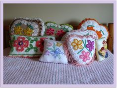 Custom Make Vintage Chenille Pillows by frietas Chenille Crafts, Chenille Bedspread, Chenille Fabric, Upcycled Vintage, Vintage Cotton, Repurposed, Old Quilts, Sewing Pillows, Vintage Pillows