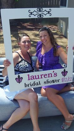 Here are some fun ideas for your bridal shower! Take the frame to where your guests are. No need for fancy photo booth back drops, just find a place and take your pic! Hen Night Ideas, Hens Night, Hen Ideas, Bridal Shower Planning, Bridal Shower Party, Bridal Showers, Bridal Luncheon, Wedding Planning, Idee Baby Shower