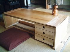 The size of this floor desk provides ample room for working. The drawers for storage are a brilliant touch - often hard to to find in floor desks. House Rooms, Floor Desk, Bedroom Design, Loft Spaces, Family Room Decorating, House, Floor Seating, Japan Interior, Apartment Decor