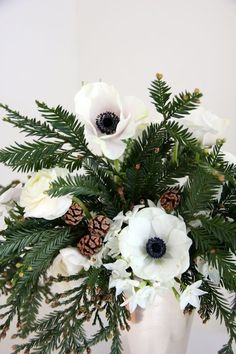 Winter wedding centerpiece ideas from domino.com. The best winter wedding centerpieces.