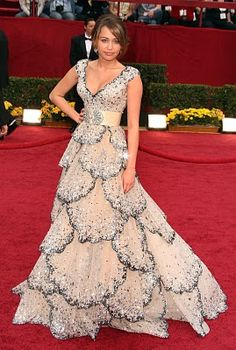 Miley Cyrus in a Zuhair Murad dress inspired by a 1948 Dior gown.