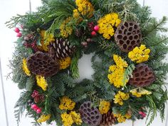Christmas wreaths for front door Large Christmas Wreath, Christmas Wreaths For Front Door, Holiday Wreaths, Country Christmas, Holiday Decorations, Christmas Decor, Twig Wreath, Door Wreath, Fresh Wreath