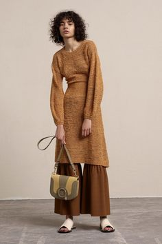 See the complete See by Chloé Resort 2018 collection.