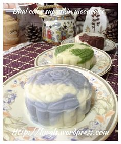 Dual Tone Snow Skin Moon Cake Using Natural Colour (双色调冰皮月饼)#guaishushu #kenneth_goh     #snowskin_mooncake  #冰皮月饼