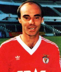 GRANDES NOMES NUNES Médio e defesa central.Adelino Carlos Morais Nunes, nasceu em Manteigas em 10 de Setembro de 1960. In...