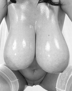 Titten Voluptuous Massive Boobs & Huge Pussy Titten 666 Titten 666