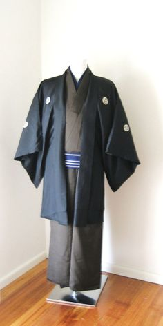 Mens Kimono Jacket HAORI KIMONO 2 pieces set vintage samurai black Japanese formal ready to ship size S