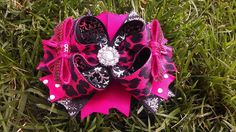 Hey, I found this really awesome Etsy listing at https://www.etsy.com/listing/119105808/cheetah-licious-bow