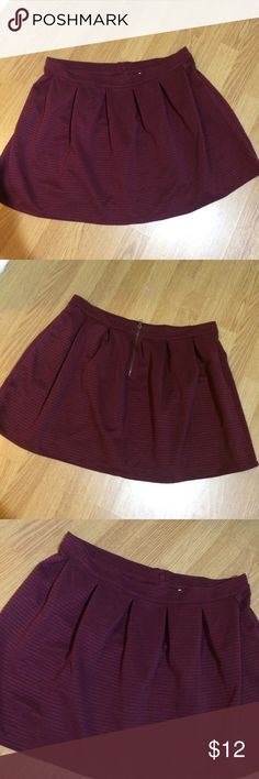 *3 FOR $20* Bethany Mota Burgundy Skater Skirt Super cute dark maroon or burgundy skater skirt from Bethany Mota in great condition. Material is soft and stretchy, ribbed, nice inverted pleats. Exposed back zipper in a bronze color. Bethany Mota Skirts
