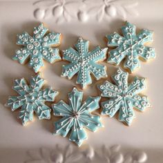 Diy Christmas Gifts For Friends, Christmas Cookies Gift, Christmas Fudge, Christmas Desserts, Christmas Treats, Christmas Baking, Cookie Frosting, Cupcake Cookies, Biscuits