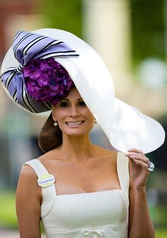 "You know I love Ascot and all the hats. It is interesting to me that ""big stars"" in the UK like Danielle Bux here go for the more subdued hats while everyone else goes all. Fancy Hats, Cool Hats, Big Hats, Women's Hats, Cloche Hats, Caroline Reboux, Royal Ascot Hats, Fascinator Hats, Fascinators"