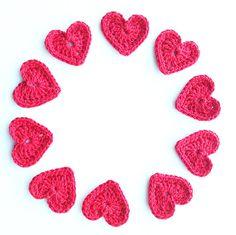 Crochet Hearts Large  Set of 10 por annemariesbreiblog en Etsy, €10.00