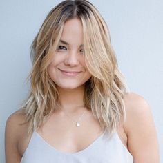 50 Best Hairstyles for Square Faces Rounding the Angles - Mid Length Layered Blonde Haircut - Haircut For Square Face, Square Face Hairstyles, Cool Hairstyles, Hairstyles 2018, Woman Hairstyles, Latest Hairstyles, Natural Hairstyles, Hairstyle Ideas, Blonde Hair Cuts Medium