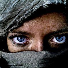 #AfghanGirl #eyes #attractivegirl