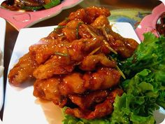 Fried pork with sweet and sour sauce