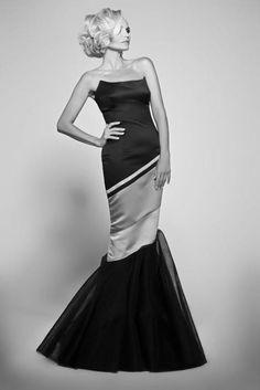 <3 <3 this dress  Kristen Chenoweth