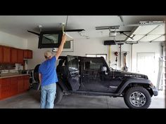 Jeep Wrangler DIY Top Hoist System - YouTube