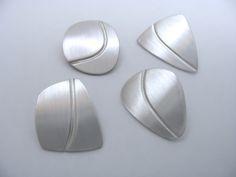 Silver Pierced earring - Cloda