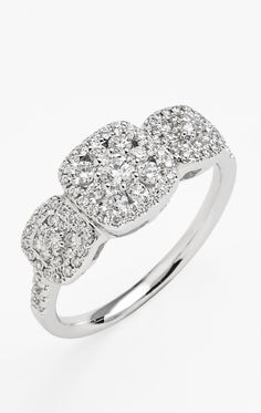 Vintage diamond engagement ring. Stunning!