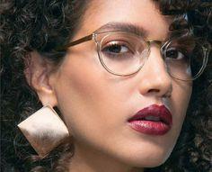 MODO 4509 Crystal/Gold aparece na última edição da revista @2020mag , que é fonte de inspiração para a moda óptica com as mais recentes inovações de produtos e tecnologia de cuidados com os olhos! Leve, moderno e tecnológico! #innovaoptical #modo #modoeyewear #eyewear #oculosdegrau #design #4509 #weselldesignforliving