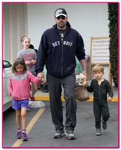 51772645 Troubled couple Ben Affleck and Jennifer Garner are spotted at the farmer's market in Pacific Palisades, California with their children Violet, Seraphina & Samuel on June 14, 2015. Even though Ben and Jennifer have been making public appearances together, rumors continue to grow that a divorce is on the horizon. FameFlynet, Inc - Beverly Hills, CA, USA - +1 (818) 307-4813