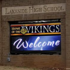 Welcome your students back after winter break with a crisp, clear message on your LED sign like this high school in Atlanta, GA. Outdoor Led Signs, School Signs, Effective Communication, Sign Design, Crisp, Atlanta, High School, Students, Neon Signs