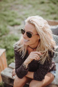 """Diese Sonnenbrille lässt jeden Trend links liegen. Mit seiner Aviator-Form steht die Pilotenbrille für einen lässigen Style und ist kombinierbar vom klassischen Business bis zum smarten Casual Look.  😎 blendwerk 20036 """"Elbstrand""""  #sonnenbrille #blendwerk #beachgirl #beach #strand #pilotenbrille #aviator #glasses #sunglasses #optiker #kobergtente"""