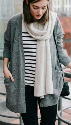 Comfy look. Grey cardigan. Striped tshirt. Autumn. Rain. Winter.