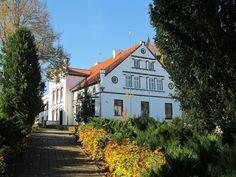 Od 1871 r. wymieniany jest jako właściciel dworu Edward Klugkist.  www.it.mragowo.pl