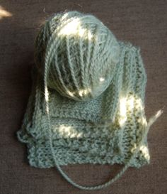 """Not too Tight"" knitting tutorial on gauge. note to self: read everything on purl bee"