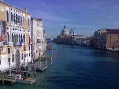 Canal grande de Venecia ¡espectacular!, un viaje ideal para ir con niños. http://viajesalcalaylosninos.blogspot.com