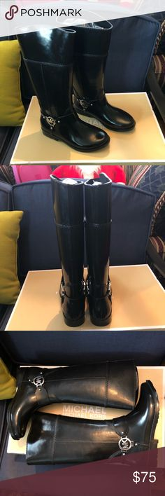 """Michael kors NWT fulton harness tall rain size 7 They are new with the box and retail for 125 plus tax. They are made of thick durable rubber and are made to last! The coloris black. The hardware is silver  toned. The shaft is 14.5"""" Michael Kors Shoes Winter & Rain Boots"""