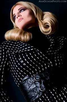 #photography #fashion #hair #makeup #hollywood #black #blonde #anaochoaphoto #beauty #curls     http://www.anaochoaphoto.com/