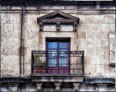 Textures of Xela Guatemala #grunge #texturedwalls #sightseeing #architecture #fineart #creativephotography #textures #locks #hinges #streetphotography #doors #windows #travelpics #travelphotography #travelphotographer #latinamerica #centralamerica #smallcamera #coolpics #picoftheday #photooftheday #travelliteshootheavy #quetzaltenango #guatemala #visitguatemala #visitxela #ilovexela #OkXelaGT #olympuscamera #VisitGT