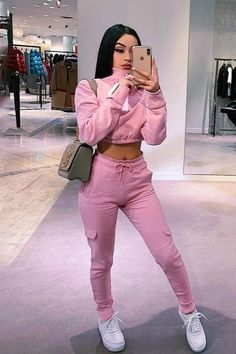 Cute Swag Outfits, Cute Comfy Outfits, Sporty Outfits, Teen Fashion Outfits, Dope Outfits, Look Fashion, Stylish Outfits, Pinke Outfits, Niqab