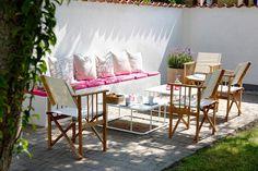 salon d'extérieur avec divan