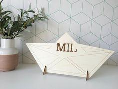 www.dekaartjesfee.be - houten presentatie    personaliseerbaar