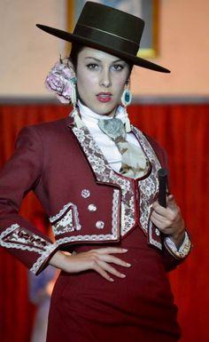Flamenca Spanish Hat, Spanish Dancer, Spanish Style, Dress Attire, Dress Up, Matador Costume, Anniversary Dress, Riding Habit, Spain Fashion