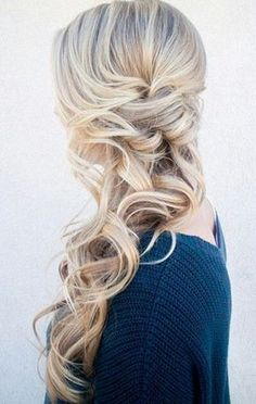 Hairstyles with a wow effect! The 50 Most Beautiful Wedding Hairstyles for Brides, Bridesmaids & Maids of Honor Refined Side Swept Hairstyles - hairstyles The Effective Pictures We Offe - Side Swept Hairstyles, Long Face Hairstyles, Wedding Hairstyles For Long Hair, Formal Hairstyles, Braided Hairstyles, Bridesmaid Side Hairstyles, Hairstyles 2018, Hairstyle Wedding, Holiday Hairstyles