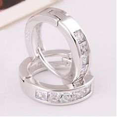 New Top Quality Fashion Trendy Women Hoop Beautiful Earrings Silver Plated Small Round Free Shipping