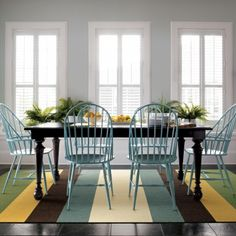 pretty and simple dining room
