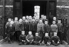 When we think of children and the workhouse, Oliver Twist is the ubiquitous image that comes to the minds of many people. Whilst the fictional Oliver's experience as an orphan in the workhouse was … Victorian Maid, Victorian London, Victorian History, Victorian Life, Oliver Twist, Photos Du, Old Photos, Vintage Photographs, Vintage Photos