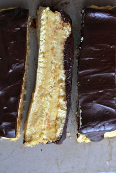 Bakeaholic Mama: Flour's Boston Cream Pie and a Cookbook Giveaway