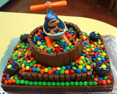 The easy way to make a Team Umizoomi Birthday Cake - Mommy Snippets