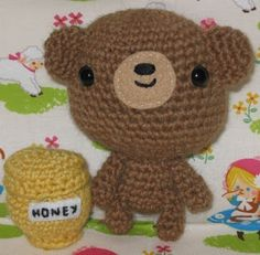 amigurumi bear and honey pot