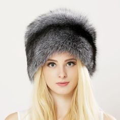 Winter Unisex Genuine Fox Fur Hat Real Raccoon Fur Bomber Hat With Nature  Leather Crown Thick f085f39e0d43