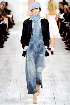 Ralph Lauren Spring 2010 Ready-to-Wear Fashion Show - Jac Denim Fashion, Retro Fashion, Korean Fashion, Boho Fashion, Fashion Show, Fashion Dresses, Fashion Tips, Winter Fashion, Overalls Fashion