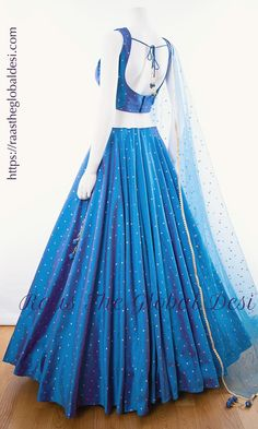 A-Line Wedding Dresses Collections Overview 36 Gorgeou… Indian Gowns Dresses, Indian Fashion Dresses, Dress Indian Style, Indian Designer Outfits, Indian Wear, Pakistani Dresses, Fashion Outfits, Lehenga Choli Designs, Lehenga Choli Online